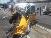 Diyarbakır'da feci kaza: 2 ölü 1'i ağır 3 yaralı