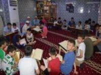 """""""Çocuklarımızın Kur'an öğrenme şevkini kırmayalım"""""""
