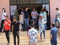 YKS'ye giren öğrenciler duygularını paylaştı
