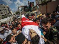 Şehit olan Filistinli Türkiye bayrağına sarıldı