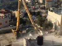 siyonist rejim Filistinlilere ait birçok evi yıktı
