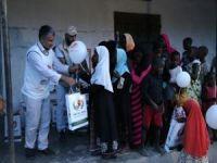 Ugandalı yetimlere bayram yardımı