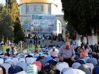 Filistinliler Kurban Bayramı'nı Mescidi Aksa'da karşıladı