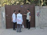 Umut Kervanı Diyarbakır'ın 3 ilçesinde kurban eti dağıttı
