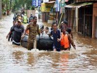 Hindistan'daki selde ölü sayısı 445'e yükseldi