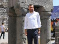 """Mehmet Yavuz: """"Medeniyette zirve eserlerin hali üzüntü verici"""""""