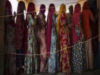 İntihar eden her 5 kadından 2'si Hindistan'dan