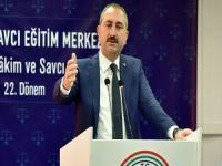 Bakan Gül: Hakim yardımcılığı müessesi üzerinde çalışıyoruz