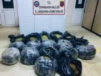 Diyarbakır'da 165 kilo esrar ele geçirildi