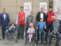 Siirt'te engellilere tekerlekli sandalye dağıtıldı