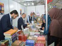 Yazarlar Baran ve Emiroğlu okurlarıyla buluştu