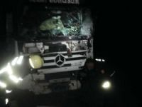 Nusaybin'de TIR ile minibüs çarpıştı: 3 yaralı