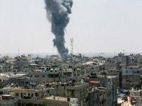 Siyonistler Gazze'yi bombalıyor: Şehidler var