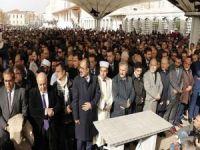 İstanbul'da Cemal Kaşıkçı için gıyabi cenaze namazı kılındı