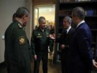Bakan Akar Rus mevkidaşıyla görüştü