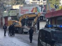 İşgalci çeteler Filistinlilere ait 20 iş yerini yıktı
