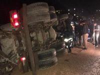 Kızıltepe'de beton mikseri devrildi: Bir yaralı