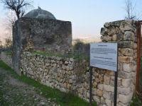 Hasankeyf'te tarihi türbeler de taşınıyor