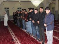 Şırnak'ta gençler sabah namazında buluştu