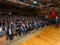 """Prof. Dr. Servet Özdemir: """"Eğitimde yeni bir bakış açısına ihtiyaç var"""""""