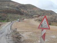 Yapımı tamamlanamayan uluslararası yol çileye dönüştü