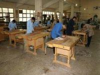 """""""Mesleki Eğitimde 1000 Okul"""" projesine 820 milyon liralık destek"""