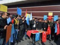 """Tatvanlı gençler: """"Doğu Türkistan'daki Müslümanlara sahip çıkın"""""""