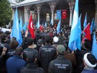 """""""Doğu Türkistan Anadolu'dur Ses ver Türkiye"""""""