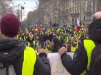"""Fransa'da """"Sarı Yelekliler"""" yine meydanlarda"""