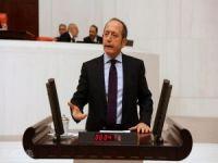 Akif Hamzaçebi CHP Genel Sekreterliği'nden istifa etti
