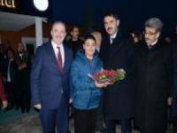 Bakan Kurum, Tuşba'da ziyaretlerde bulundu