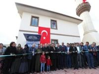 """Tahmazoğlu: """"Camiler dinimizin nişanesidir"""""""