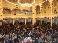 Regaib Kandili'nde camiler doldu taştı