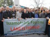 """""""Batıdaki İslam düşmanlığı Müslümanları katledecek noktaya varmıştır"""""""