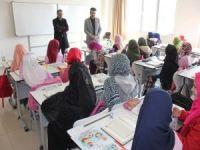 Müftü Erhan'dan hafızlık öğrencilerine ziyaret