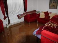 Evlerini su basan vatandaşlardan yardım çağrısı