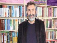 """Mercanoğlu: """"Okumayan bir toplum her şeyini kaybeder"""""""