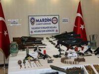 Mardin'de cephanelik ele geçirildi: 3 gözaltı