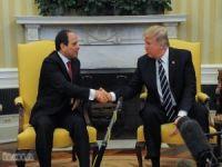 """Trump, Sisi için """"en favori diktatörüm"""" dedi"""