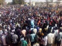 Sudan halkı: Askeri Geçiş Konseyi de aynı rejimin bir parçası