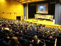 Yetim, yoksul ve mülteciler yararına konser