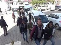 Van'da göçmen tacirlerine yönelik operasyon