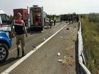 1 Mayıs kutlamasına giden midibüs devrildi: 5 ölü 14 yaralı