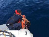 Balıkesir'de tekne battı: 9 göçmen öldü