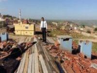 Midyat'ta yağış ve fırtına hayatı olumsuz etkiledi