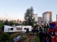 Yolcu otobüsü devrildi: 2 ölü 29 yaralı