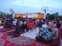 Kızılay'ın iftar sofraları ihtiyaç sahiplerini buluşturdu