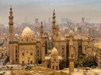 Mısır cuntası camileri etkisizleştirmeye çalışıyor