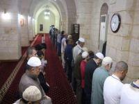 Şanlıurfa Ulu Camii'de 50 yıldır hatimle teravih kıldırılıyor