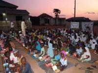Nijerya'da yetim ve öğrencilere iftar yemeği verildi